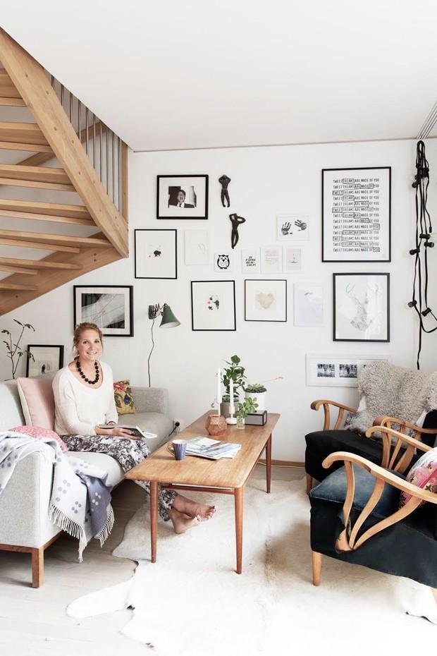 niki-estilo-escandinavo-tapete-poltrona-sofa-mesa-de-centro